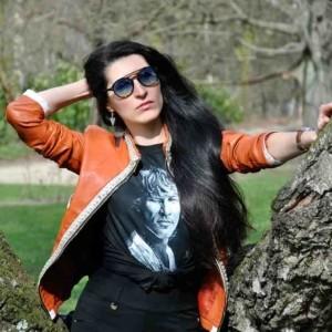Jon Bon Jovi T-shirt on ElisP